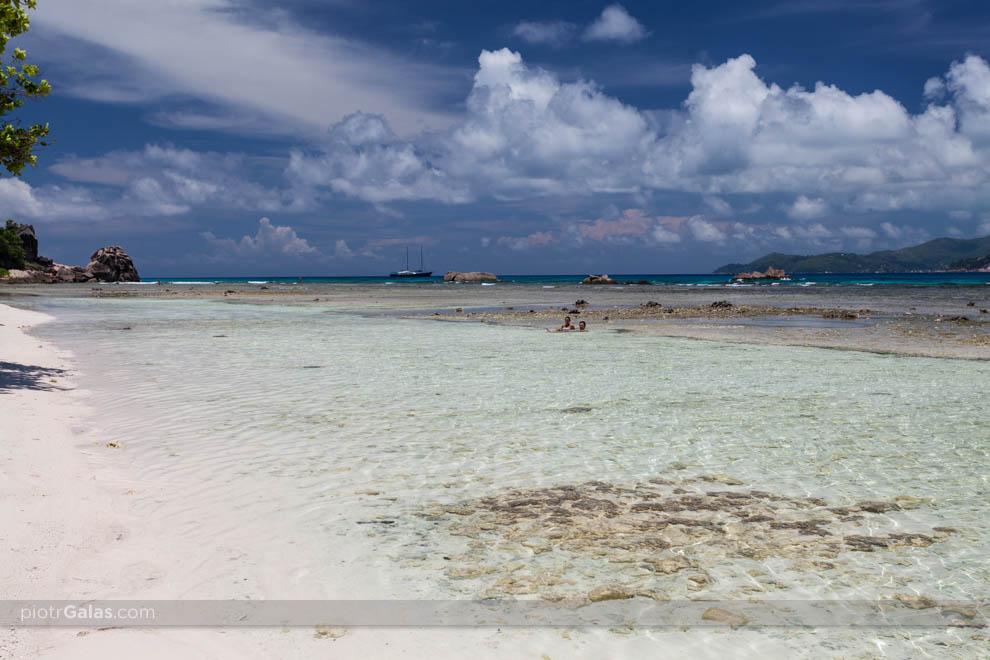 Plaża Anse Severe podczas odpływu