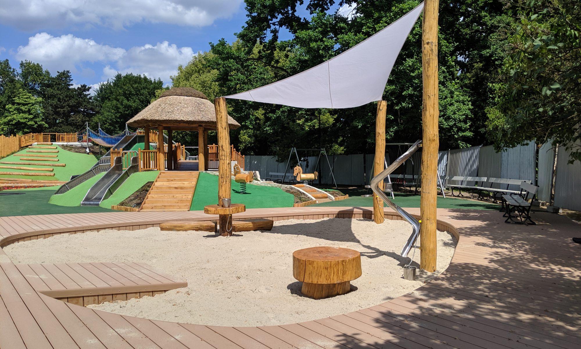Nowy plac zabaw w Parku Ujazdowskim w Warszawie