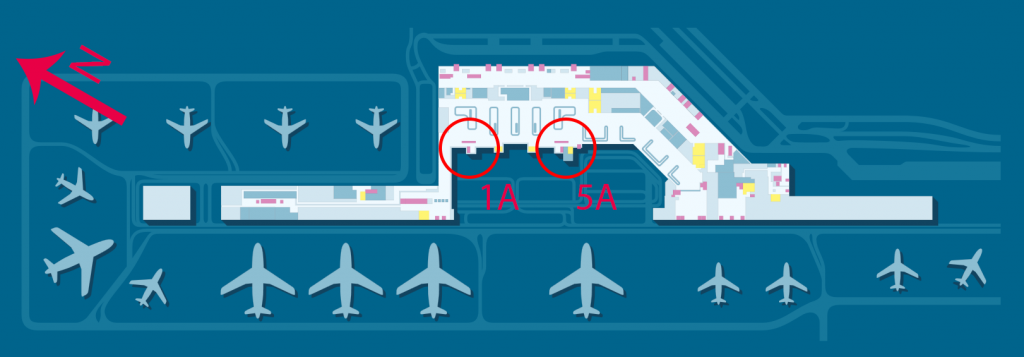 """Umiejscowienie okienek """"Bagaż ponadwymiarowy"""" // """"Oversized luggage"""" na warszawskim Lotnisku Chopina; w górnej części obrazka, nad 1A i 5A, znajdują się wyjścia na postój taksówek"""